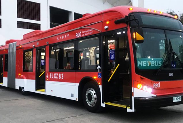 Ministry of Transport and Telecommunications presents first articulated electric bus: it will circulate between Peñalolén and Pudahuel